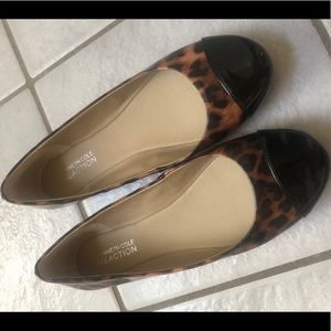 Kenneth Cole Reaction Black and Leopard Flats